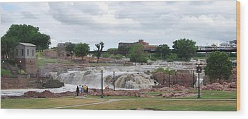 Mighty Sioux Falls Wood Print