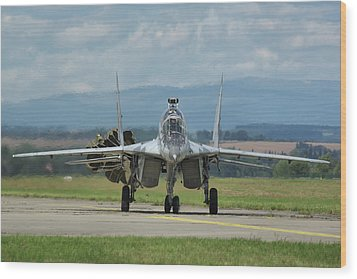 Mikoyan-gurevich Mig-29ubs Wood Print by Tim Beach