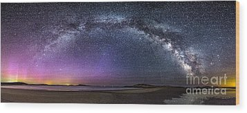 Milky Way Panorama With Northern Lights At Popham Beach Wood Print by Benjamin Williamson