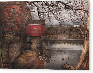 Mill - Clinton Nj - The Mill And Wheel Wood Print by Mike Savad