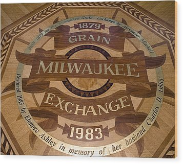 Milwaukee Grain Exchange Wood Print by Peter Skiba