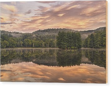 Bass Lake Sunrise - Moses Cone Blue Ridge Parkway Wood Print