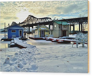 Mississippi River Boathouses Wood Print