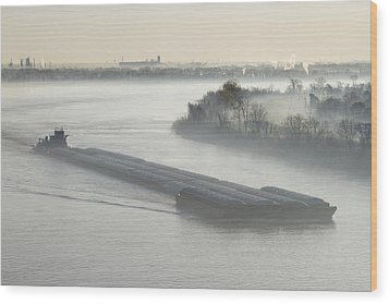 Mist Shrouded River And Tugboat Wood Print by Jeremy Woodhouse
