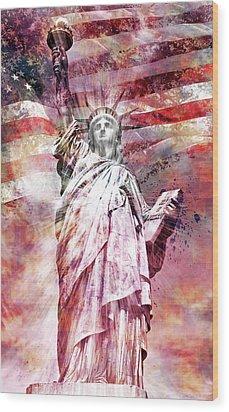 Modern-art Statue Of Liberty - Red Wood Print by Melanie Viola