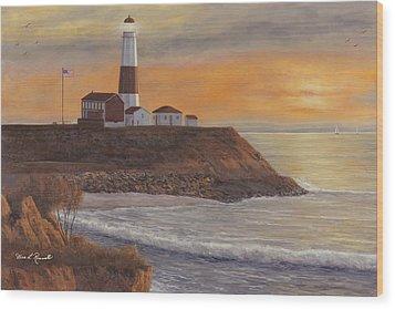 Monntauk Lighthouse Sunset Wood Print by Diane Romanello