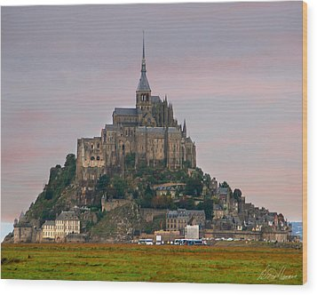 Mont Saint Michel Wood Print by Diana Haronis