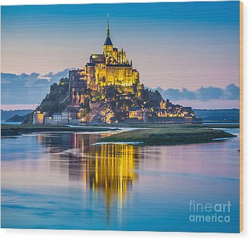 Mont Saint-michel In Twilight Wood Print
