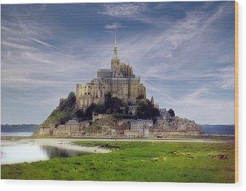 Mont St Michel Wood Print by Rod Jones