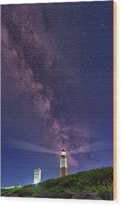 Montauk Point And The Milky Way Wood Print by Rick Berk