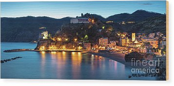 Wood Print featuring the photograph Monterosso Al Mare At Twilight by Brian Jannsen