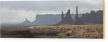 Monument Valley Wood Print by Mike Irwin
