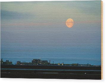 Moon Over Flow Station 1 Wood Print