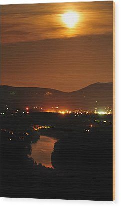 Wood Print featuring the photograph Moon Over Shenandoah by Lara Ellis