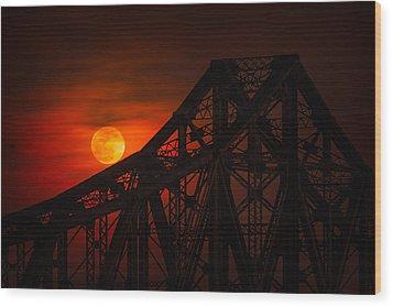 Moon Over The Bridge Wood Print