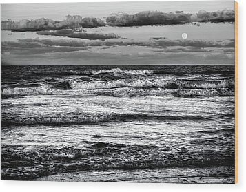 Wood Print featuring the photograph Moon Rising  by Louis Ferreira