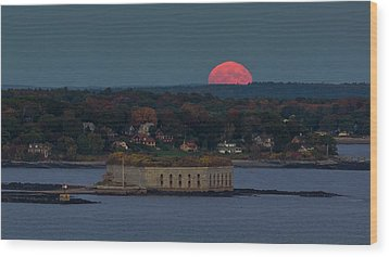 Moonrise Over Ft. Gorges Wood Print