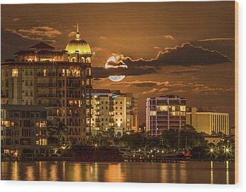 Moonrise Over Sarasota Wood Print