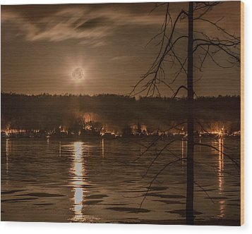 Moonset On Conesus Wood Print