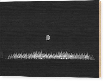 Moonset Over Dia Wood Print by Kristal Kraft