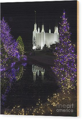 Mormon Temple 1 Wood Print by ELDavis Photography