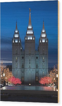 Mormon Temple Christmas Lights Wood Print by Utah Images