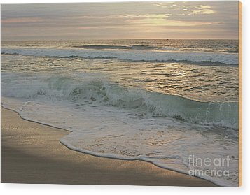 Wood Print featuring the photograph Morning  At The Beach by Nicola Fiscarelli