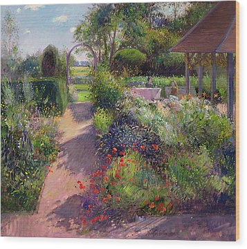 Morning Break In The Garden Wood Print by Timothy Easton