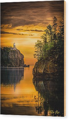 Morning Glow Against The Light Wood Print by Rikk Flohr