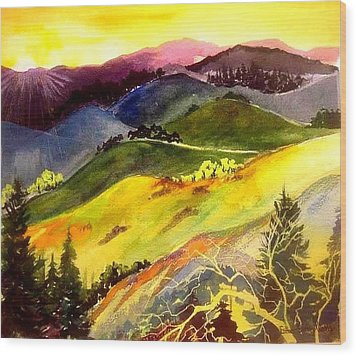 Morning In The Hills Wood Print