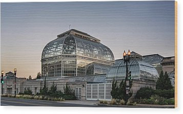 Wood Print featuring the photograph Morning Light On The United States Botanic Garden by Greg Mimbs