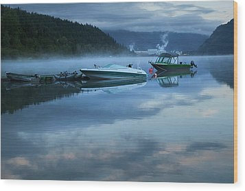 Wood Print featuring the photograph Morning Mist Adams Lake by Theresa Tahara