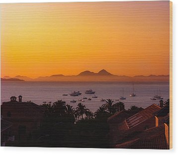 Wood Print featuring the photograph Morning Mist by Scott Carruthers