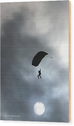 Wood Print featuring the photograph Morning Skydive by Tannis  Baldwin