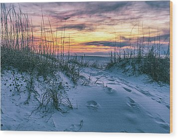 Wood Print featuring the photograph Morning Sunrise At The Beach by John McGraw