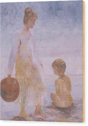 Mother And Baby On The Beach Wood Print
