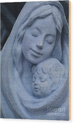 Mother And Child Wood Print by Susanne Van Hulst