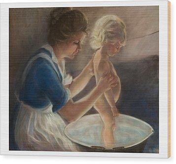 Mother Love-the Bath Wood Print by Pamela Mccabe