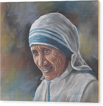 Mother Teresa Wood Print by Sam Pearson