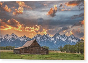 Moulton Barn Sunset Fire Wood Print