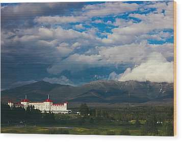 Mount Washington And The Presidential Mountain Range Of New Hampshire Wood Print