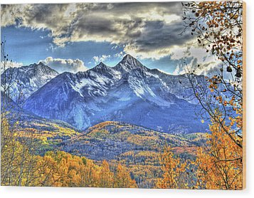 Mount Wilson Wood Print by Scott Mahon