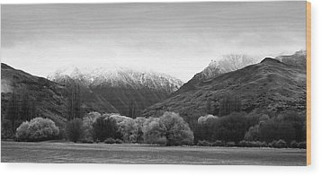 Mountain Grandeur Wood Print