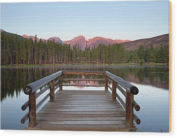 Mountains Behind Sprague Lake Wood Print by Lightvision, LLC