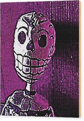 Wood Print featuring the photograph Muertos 3 by Pamela Cooper
