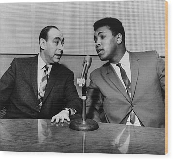Muhammed Ali And Howard Cosell Wood Print by Everett