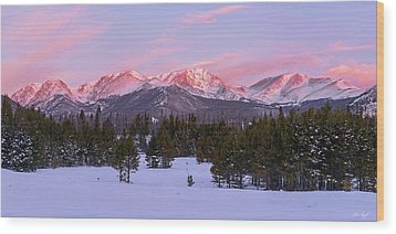Mummy Range Winter Sunrise Wood Print by Aaron Spong
