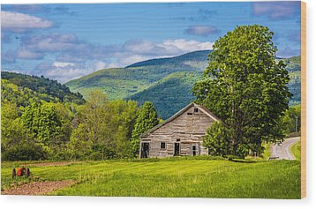 Wood Print featuring the photograph My Favorite Cabin In The Rolling Mountains by Paula Porterfield-Izzo