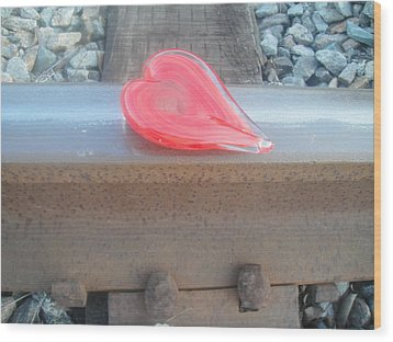 My Hearts On The Right Track Wood Print by WaLdEmAr BoRrErO