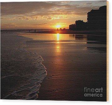 Myrtle Beach Sunset Wood Print by Patricia L Davidson